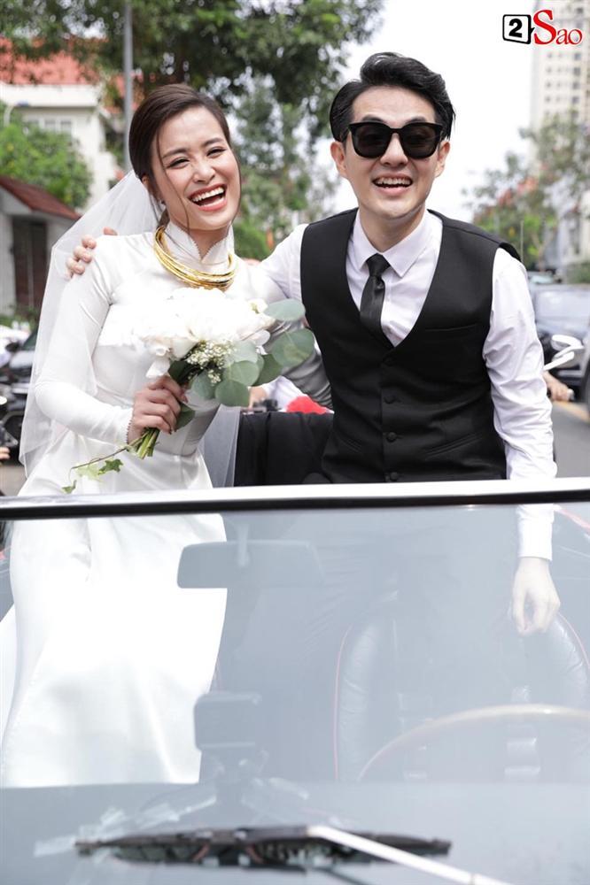 Đông Nhi và những mỹ nhân Việt chọn áo dài trắng thuần khiết trong lễ vu quy-1