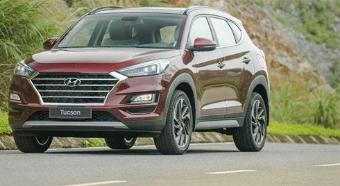 Lăn bánh 1 tỷ chọn Nissan X-Trail 2019 hay Hyundai Tucson 2019 ?
