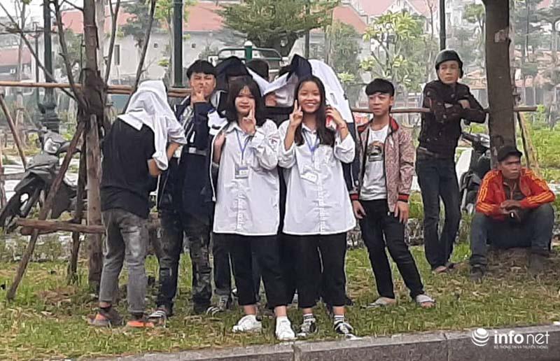 Nhiều học sinh nghi trốn học, đội mưa đứng nghe phiên tòa xét xử Khá bảnh-13