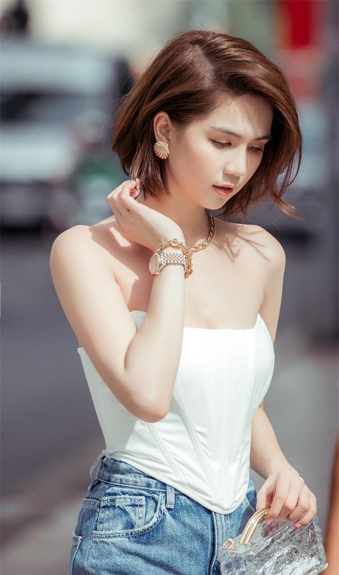 Ngọc Trinh mê mẩn kiểu tóc và cách trang điểm này, giúp che khuyết điểm mặt tròn và mũi to-3