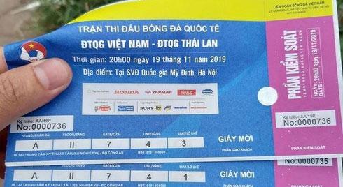 """Vé chợ đen trận Việt Nam – Thái Lan """"đẩy"""" giá vô tội vạ, cẩn thận vé giả"""