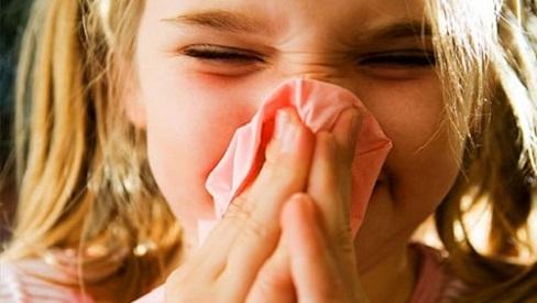 Viêm mũi họng xuất tiết: Nguyên nhân, triệu chứng và cách điều trị bệnh
