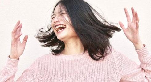 Nghiên cứu của Đại học California: Nghiện nói đùa có thể là dấu hiệu của chứng bệnh thần kinh
