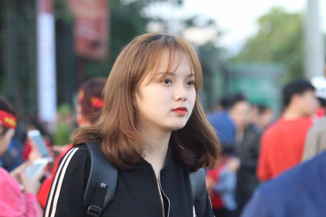 Nóng rực đại chiến Việt Nam - Thái Lan: Dàn hotgirl rạng rỡ tiếp lửa thầy trò ông Park-13