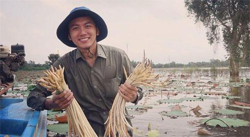 Khoai Lang Thang: Chàng kỹ sư có nụ cười tỏa nắng quyết bỏ việc để đi... lang thang