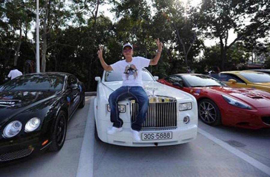Đại gia Dương Kon tậu Lamborghini Urus giá vài chục tỷ-8