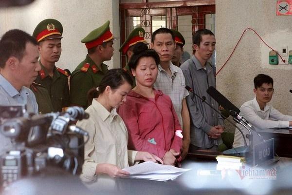 Mẹ nữ sinh giao gà ở Điện Biên bị đề nghị 20 năm tù-3