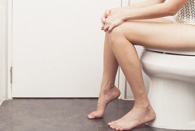 Phụ nữ xuất hiện 3 điểm này khi đi vệ sinh vào buổi sáng, chứng tỏ tử cung khỏe mạnh-1
