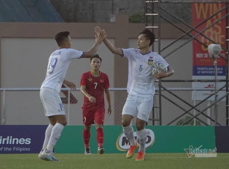 U22 Việt Nam đại thắng Lào: Hạt sạn trong bữa tiệc đẳng cấp-2