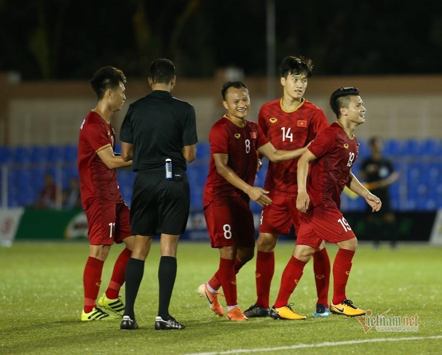 U22 Việt Nam đại thắng Lào: Hạt sạn trong bữa tiệc đẳng cấp-1