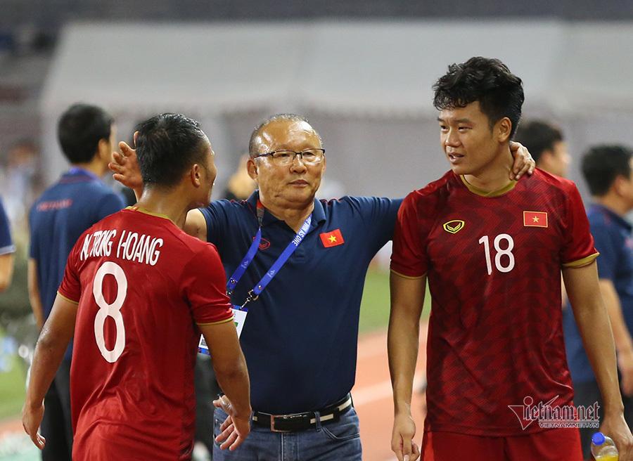 U22 Việt Nam hạ Indonesia: Thầy Park cao tay, lại còn may!-4