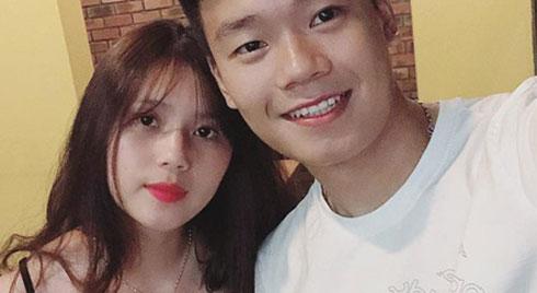Trung vệ Thành Chung và chuyện tình 3 năm bên bạn gái 10X