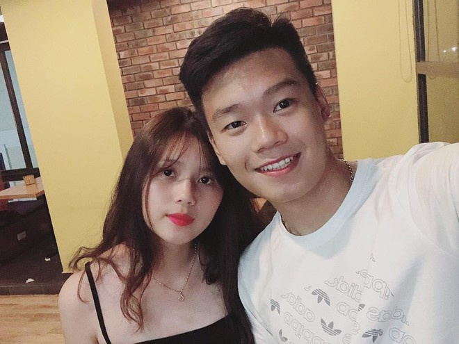 Trung vệ Thành Chung và chuyện tình 3 năm bên bạn gái 10X-5