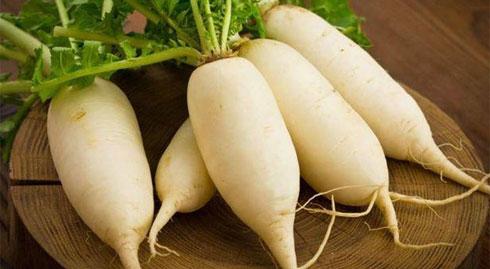 """Củ cải ngon bổ tới mấy cũng thành """"thuốc độc"""" khi kết hợp với những thực phẩm này"""