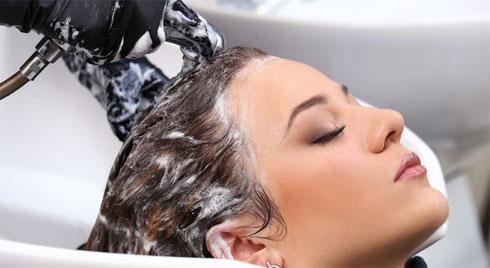 6 thói quen xấu khiến rụng tóc, hói đầu nhiều người không biết