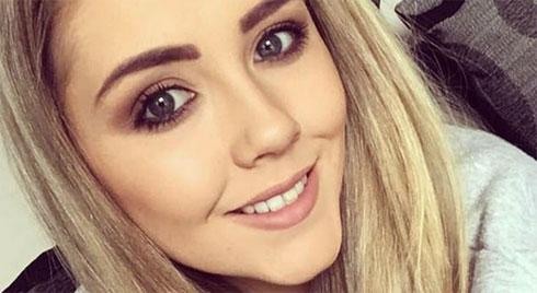 Cô gái xinh đẹp bị thối lợi khi đi tẩy trắng răng