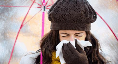 Triệu chứng dị ứng thời tiết lạnh và cách phòng bệnh