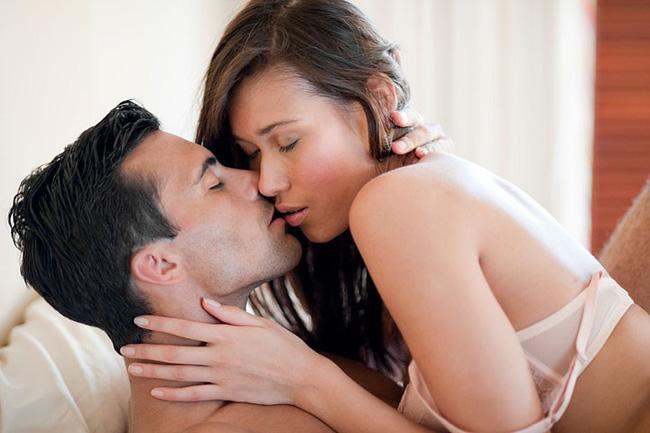 Khi yêu, người đàn ông không nên chạm vào 4 bộ phận này của phụ nữ để tránh mắc bệnh cực nguy hiểm-1
