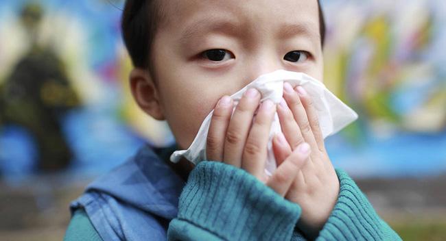 Trước dịch cúm đang hoành hành, chuyên gia tiết lộ dấu hiệu mắc bệnh cúm ở trẻ cần phải nhập viện ngay!-2