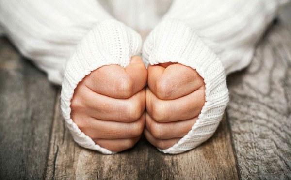 Tay chân lạnh, là dấu hiệu của 4 bệnh nguy hiểm nhiều người không nghĩ tới-1