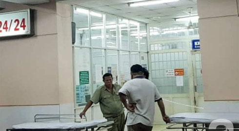 TP.HCM: Một bệnh nhân nghi dùng súng tự bắn vào đầu tại khoa Cấp cứu Bệnh viện Trưng Vương