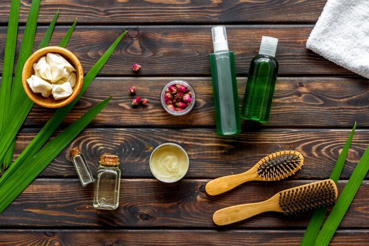 5 cách giúp bạn chăm sóc tóc chẻ ngọn-1
