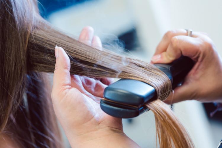 5 cách giúp bạn chăm sóc tóc chẻ ngọn-2