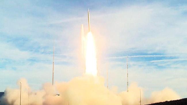 Mỹ khoe tên lửa đạn đạo tối tân có thể 'hạ cánh' ở Bình Nhưỡng sau 30 phút