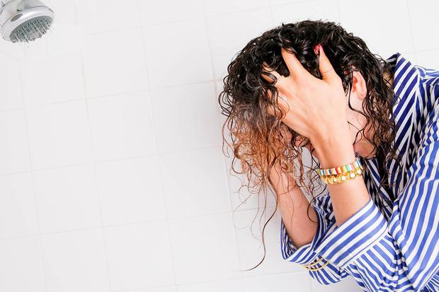 Da đầu nhờn, ngứa và đầy gàu trong mùa đông: 4 lời khuyên nhỏ giúp bạn cải thiện tình trạng này-2