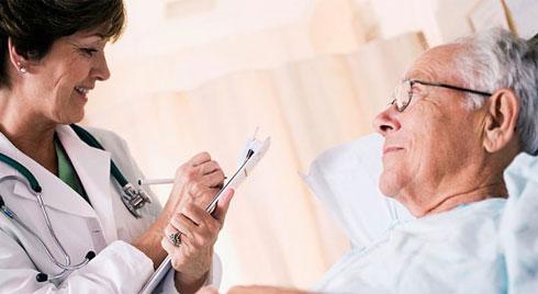 Người cao tuổi dễ mắc bệnh gì trong mùa rét?