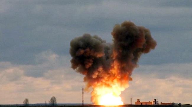 'Nắn gân' Mỹ, Nga đưa vào sử dụng tên lửa siêu thanh Avangard