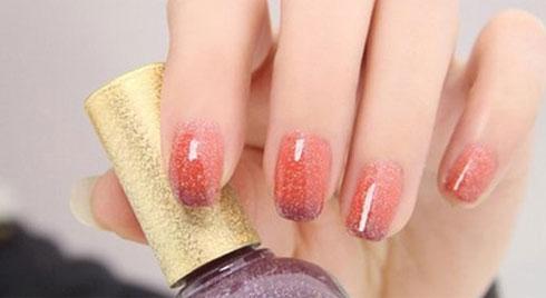 Những mẫu nail cực sành điệu và ấn tượng cho các nàng thêm xinh ngày đầu năm