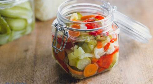 Người có dạ dày không tốt nên tránh ăn uống gì trong mùa Tết