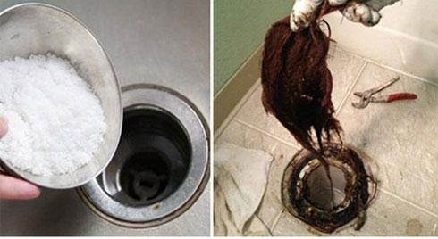 Cống nhà vệ sinh bị tắc do tóc và rác, chỉ 5 phút đã thông dễ dàng