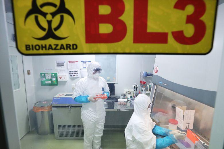 Đã có người đầu tiên tại Trung Quốc chết vì viêm phổi lạ: Chuyên gia cảnh báo hãy cẩn trọng với đồ nhập lậu-2