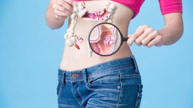 Phụ nữ 26 tuổi từ chối kiểm tra nội soi vì quá đắt, kết quả bị ung thư giai đoạn cuối-3