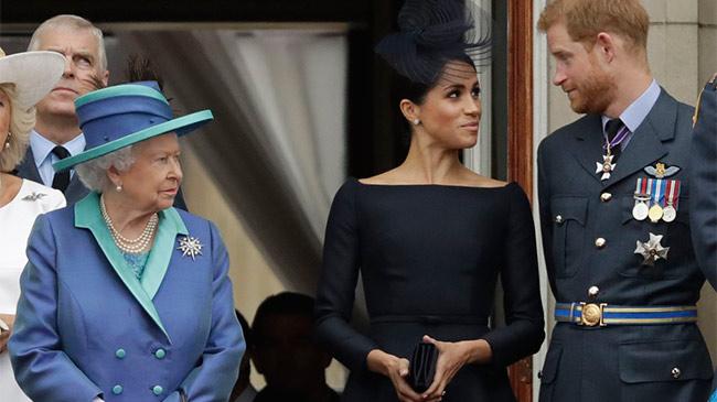 Nữ hoàng Anh nói gì khi Hoàng tử Harry từ bỏ vai trò thành viên hoàng gia?