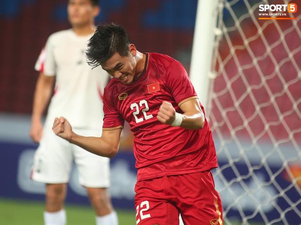 Khoảnh khắc đáng buồn nhất VCK U23 châu Á 2020: Đình Trọng nhận thẻ đỏ, U23 Việt Nam mất hết sau trận đấu với CHDCND Triều Tiến-9