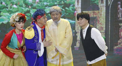 'Gặp nhau cuối năm' thế sóng 'Táo Quân': Khán giả tranh cãi dữ dội khi Quang Thắng - Xuân Hinh phát ngôn nhạy cảm