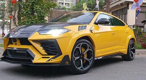 Đại gia Việt độ khủng siêu xe Lamborghini Urus ăn Tết