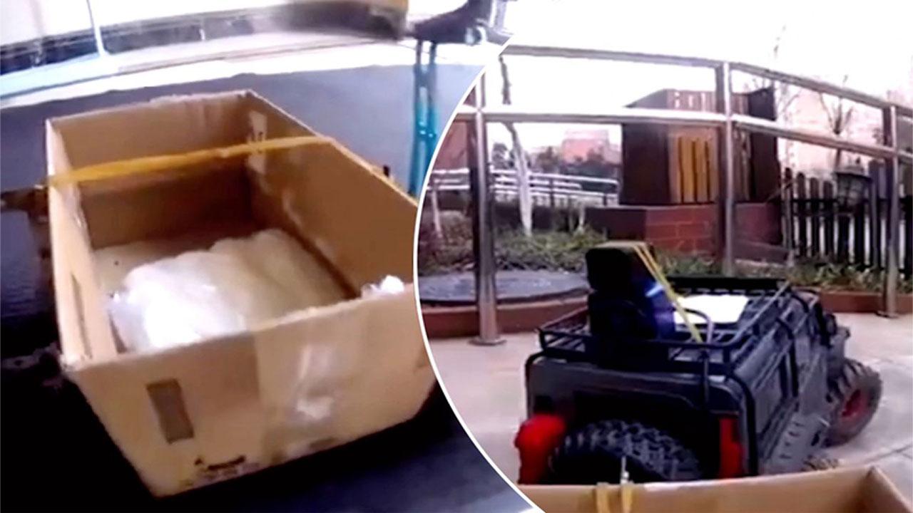 Sợ nhiễm virus corona, cô gái dùng ô tô điều khiển từ xa mua thực phẩm