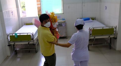 TP.HCM đang cách ly 2105 người nhập cảnh tại nơi cư trú để ngăn ngừa dịch bệnh do virus corona