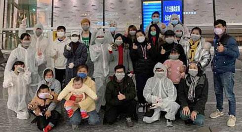 Chuyến bay đặc biệt đưa 30 công dân Việt Nam từ tâm dịch virus Corona Vũ Hán về nước