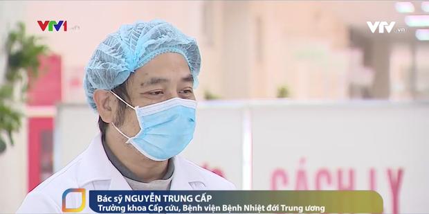 Những bác sĩ tại tuyến đầu phòng chống dịch bệnh nCoV bị hàng xóm xa lánh: Không thể đón con, không thể ở trọ-2