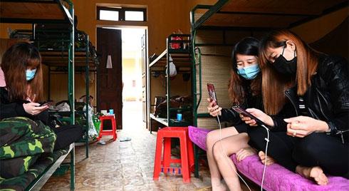 Một phụ nữ trốn khỏi khu cách ly theo dõi virus corona ở Lạng Sơn