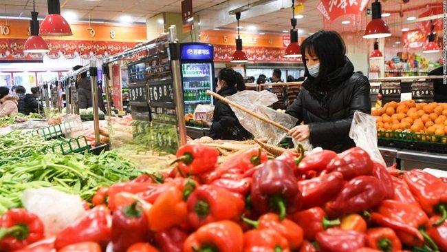 Giữa dịch Corona, bán rau cắt cổ, siêu thị bị phạt 3,3 tỷ-10
