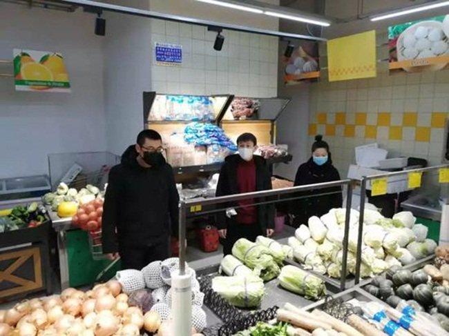 Giữa dịch Corona, bán rau cắt cổ, siêu thị bị phạt 3,3 tỷ-9