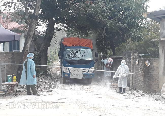 Cám cảnh nơi ổ dịch cúm A/H5N6 đầu tiên phát hiện ở Hà Nội-5
