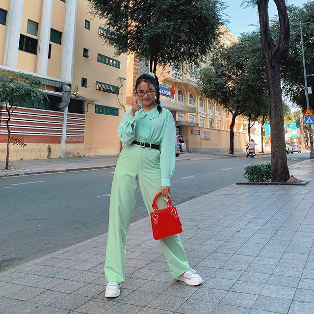 Phương Mỹ Chi ngày càng ăn mặc sành điệu, đến túi hiệu vài chục triệu cũng tậu liền tay-18