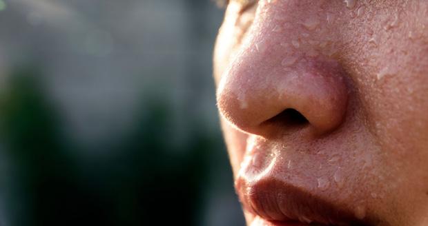 4 vị trí thường xuyên đổ nhiều mồ hôi báo hiệu sức khỏe đang có vấn đề-2
